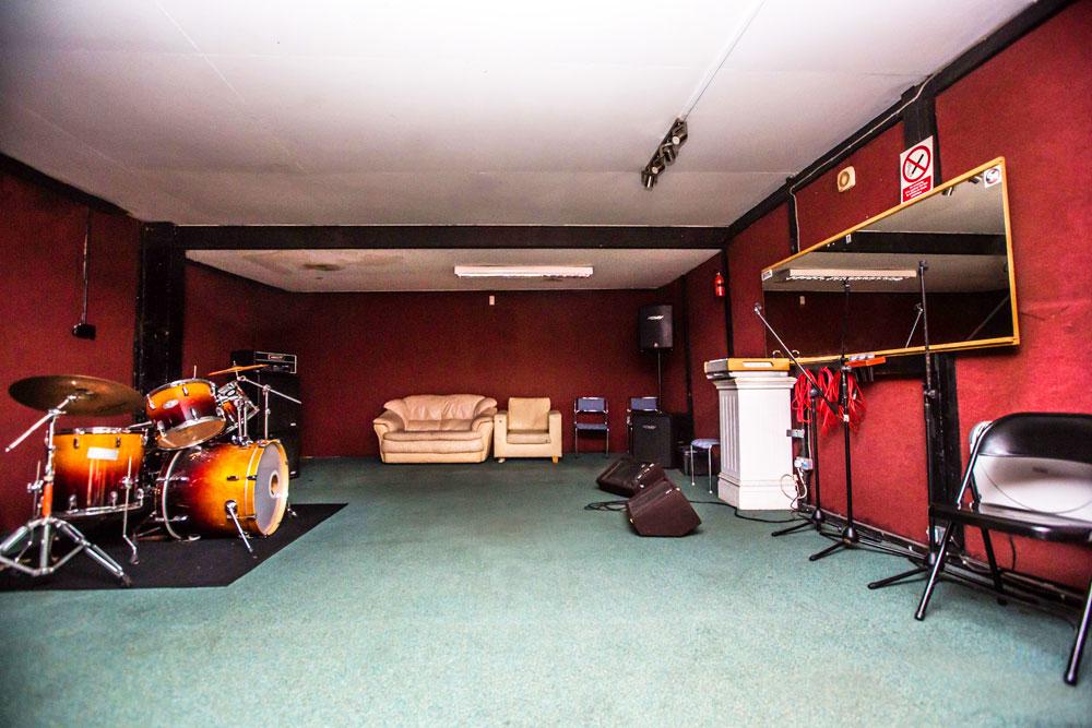 MILL HILL MUSIC COMPLEX - Studio 06 - rehearsal studio / room