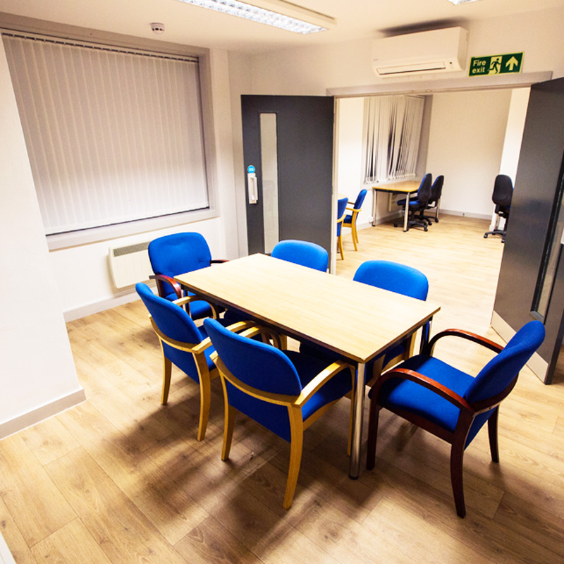 Meeting Rooms & Hostdesking